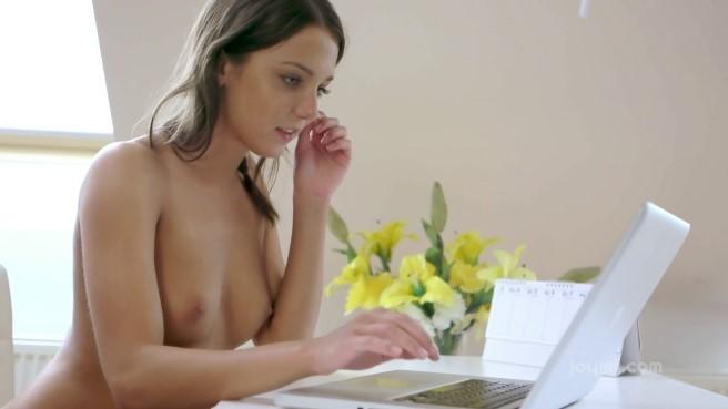 теперь ясно… сразу массирует простату видео порно хватает женственности, женщинам девственности