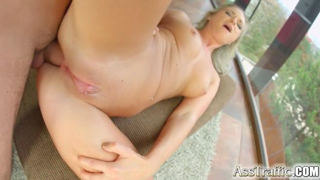 Новичок в анальном сексе смотреть онлайн